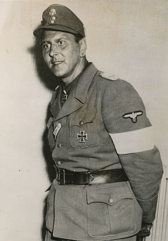 Commando Skorzeny in the Ardennes
