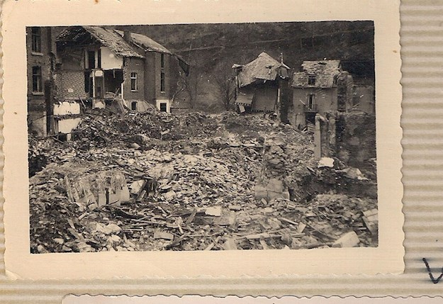 The desolate look of La Roche after the Battle of the Bulge. © Andrée Collin